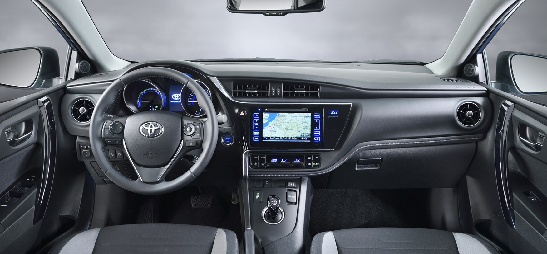 the newly facelifted toyota auris 2015 facelift applies to toyota ...