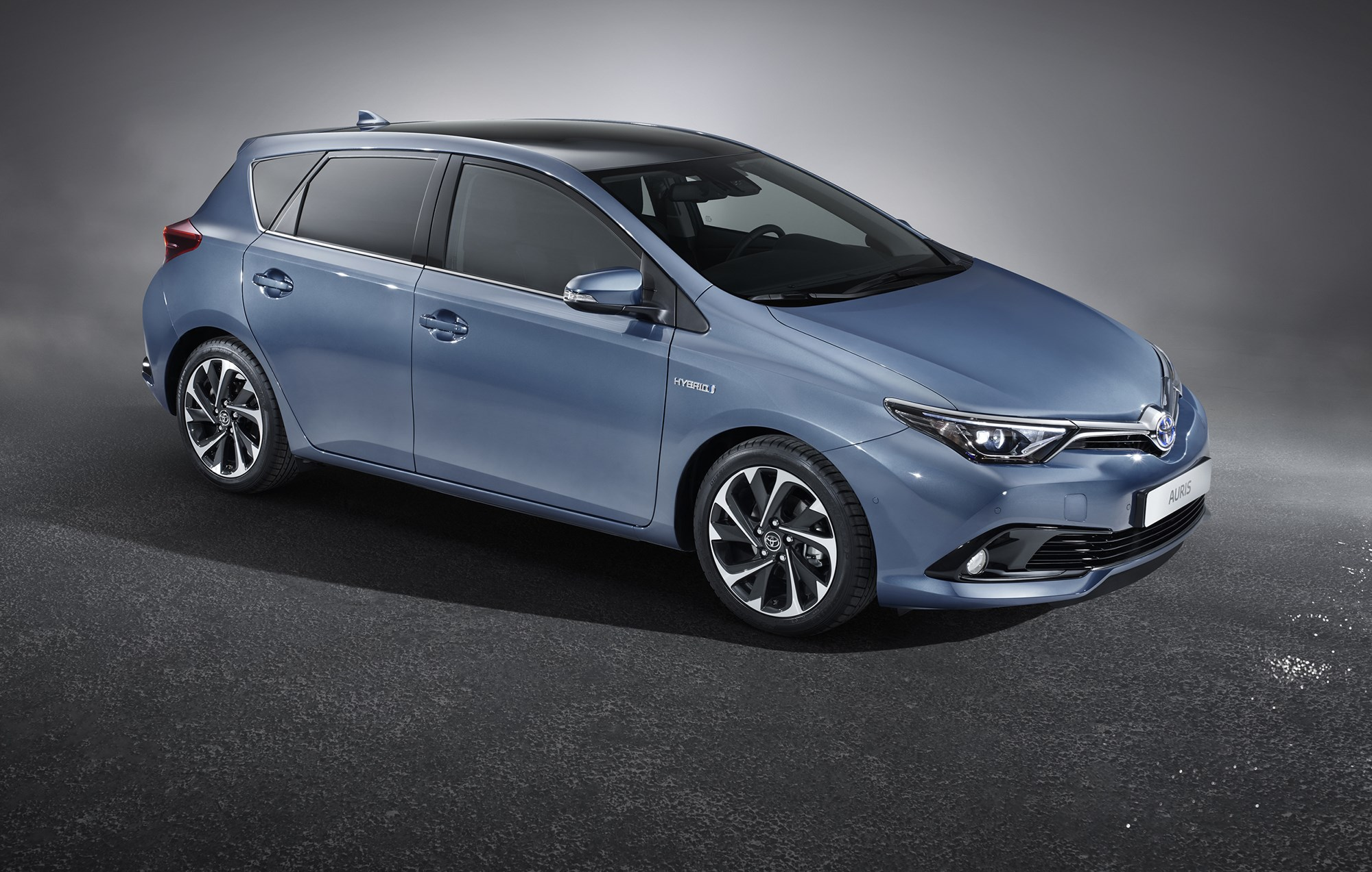 Toyota Auris Facelift 2015 First Pictures Car Magazine