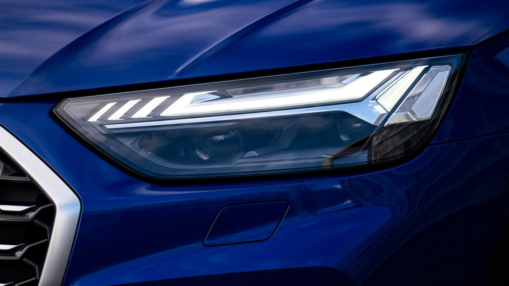 q5 sportback lights