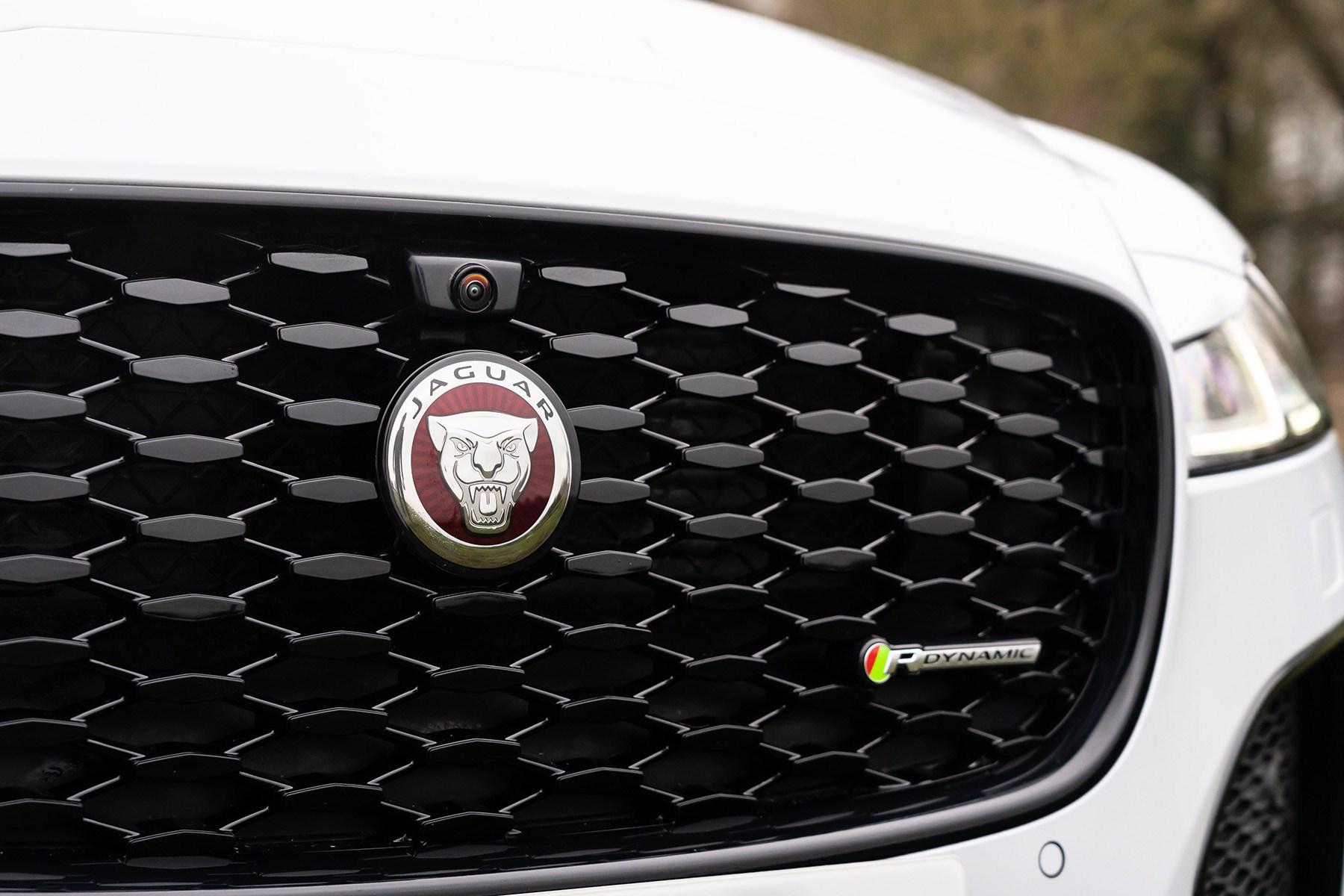 Jaguar XF 2021 facelift P300 R-Dynamic front grille