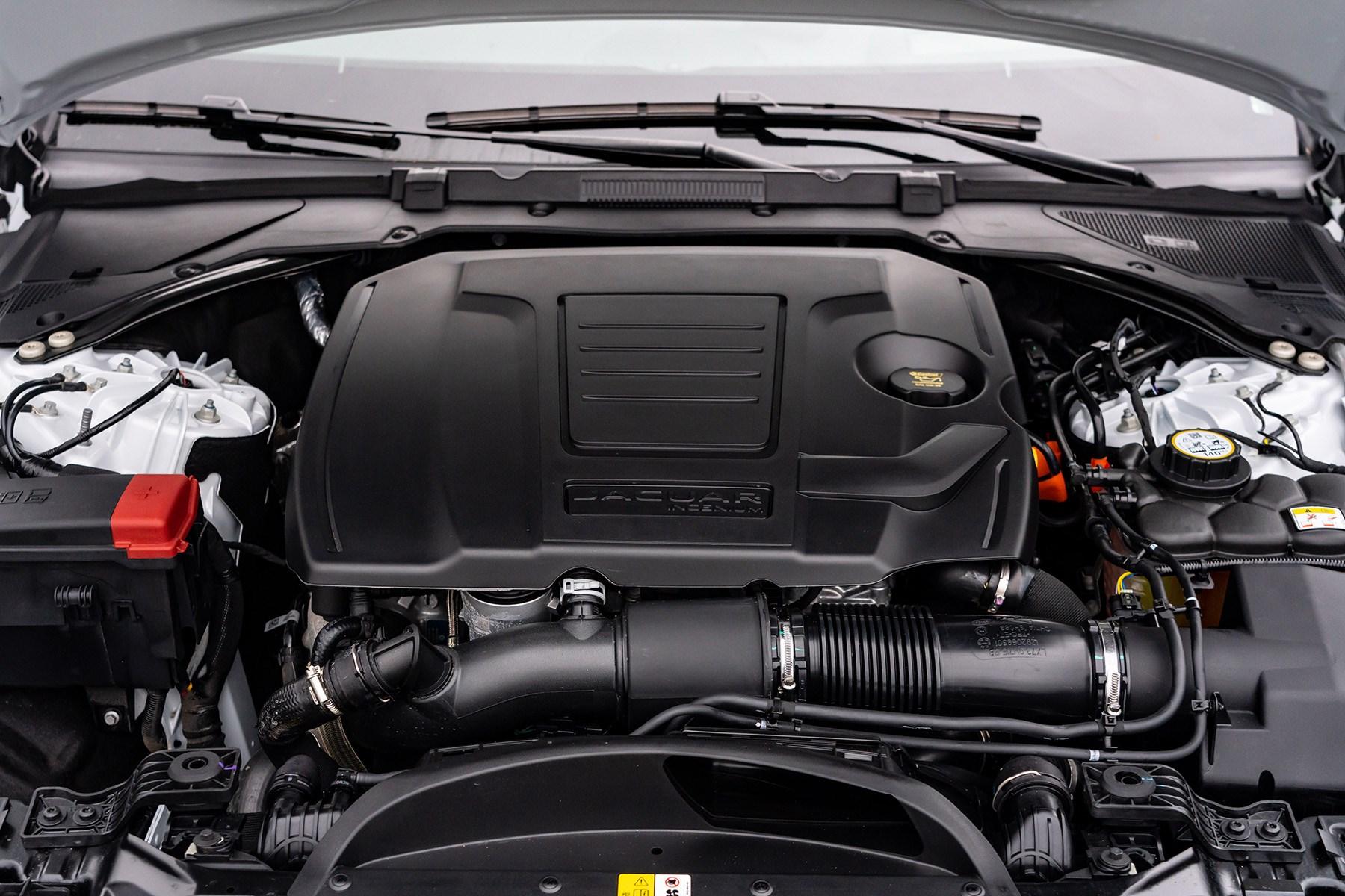Jaguar XF 2021 facelift P300 engine