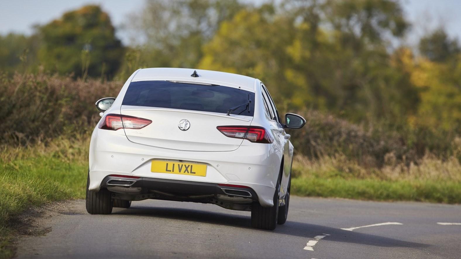2021 Vauxhall Insignia - rear tracking