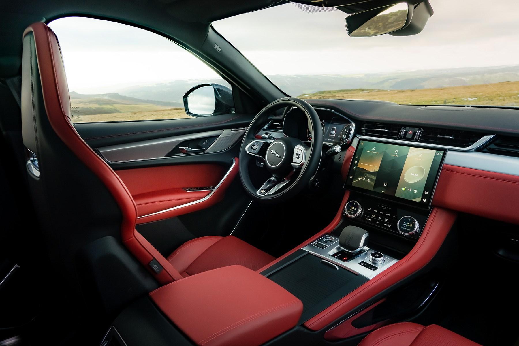 Jaguar F-Pace interior 2021