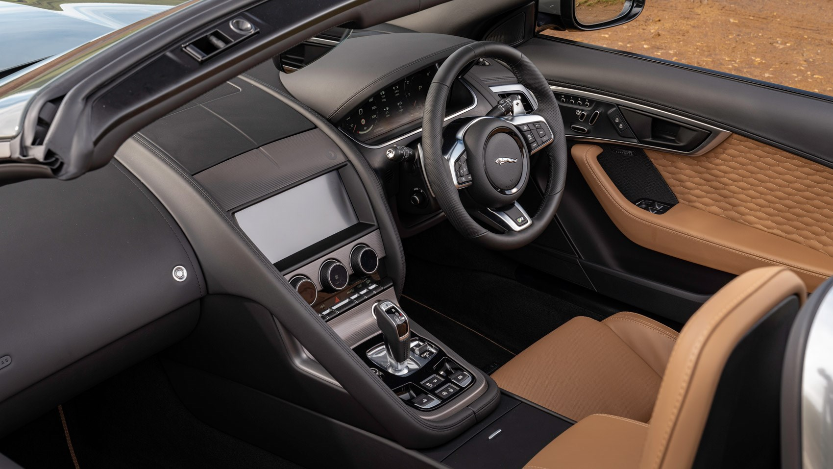 F-Type R convertible 60 interior