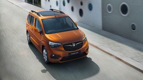 Copper 2021 Vauxhall Combo-e Life front three-quarter