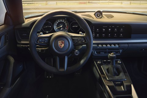 911 gt3 interior