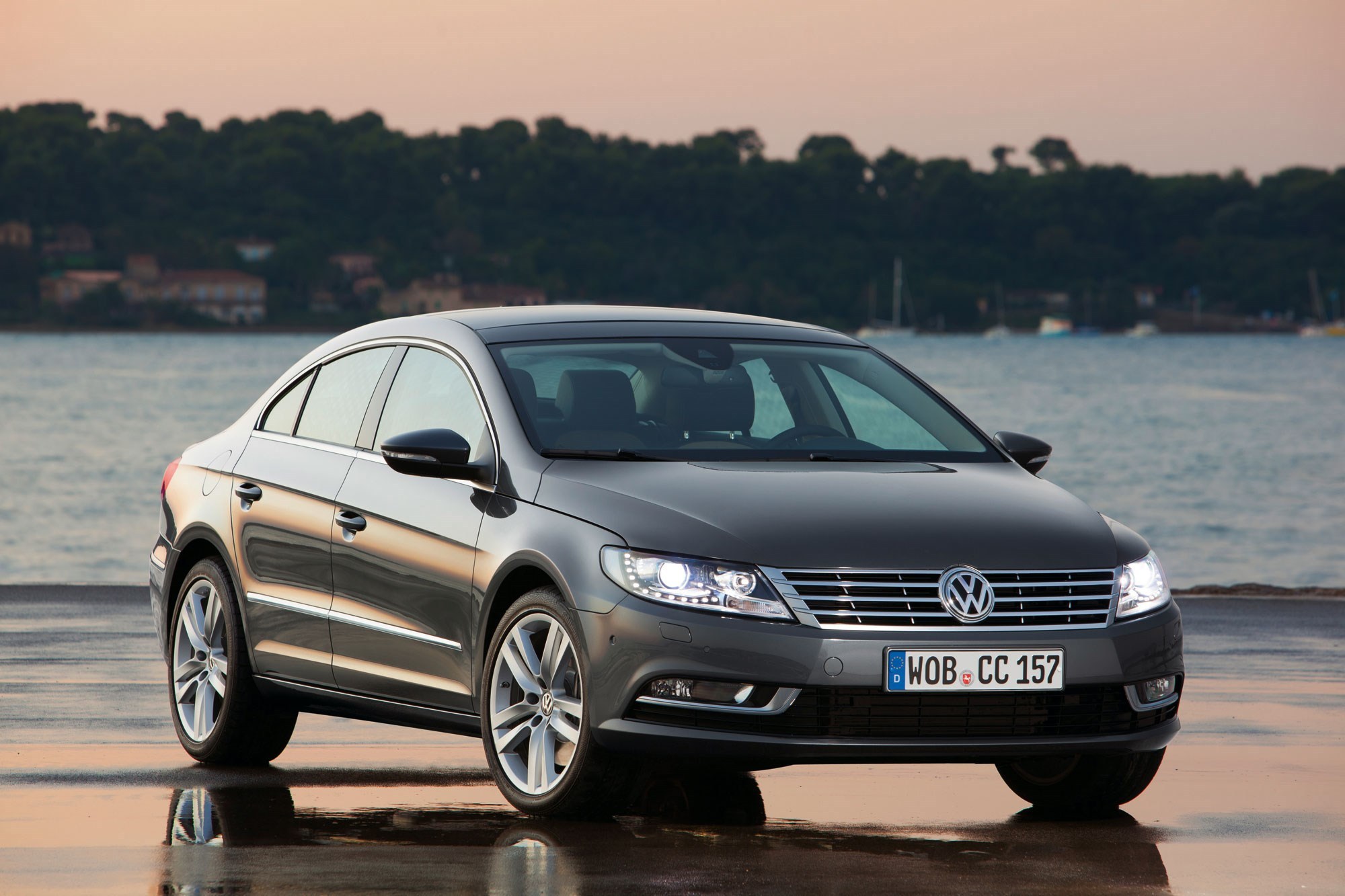 VW CC 2.0 TDI 177 DSG (2015) review by CAR Magazine
