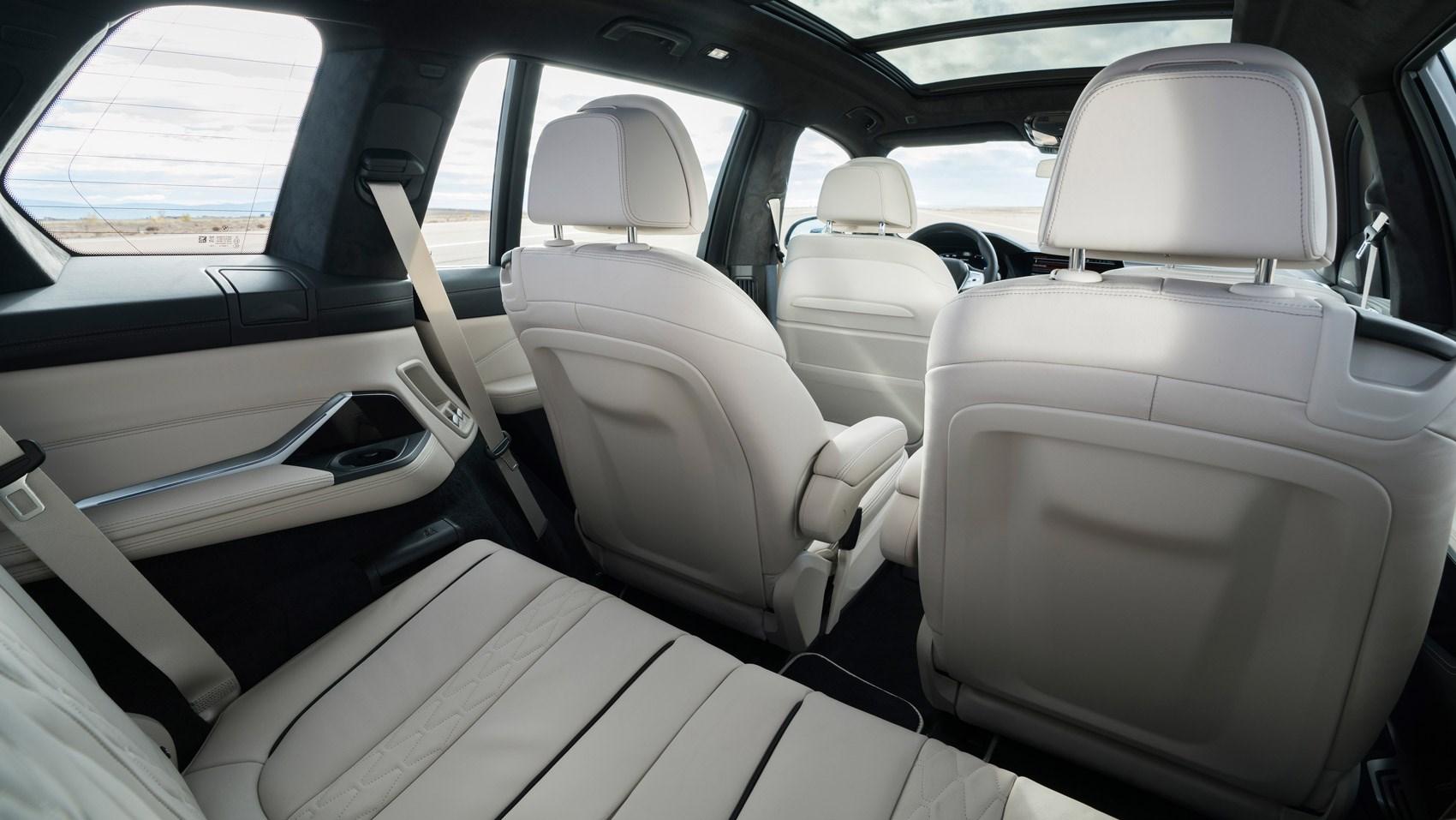 xb7 rear seats