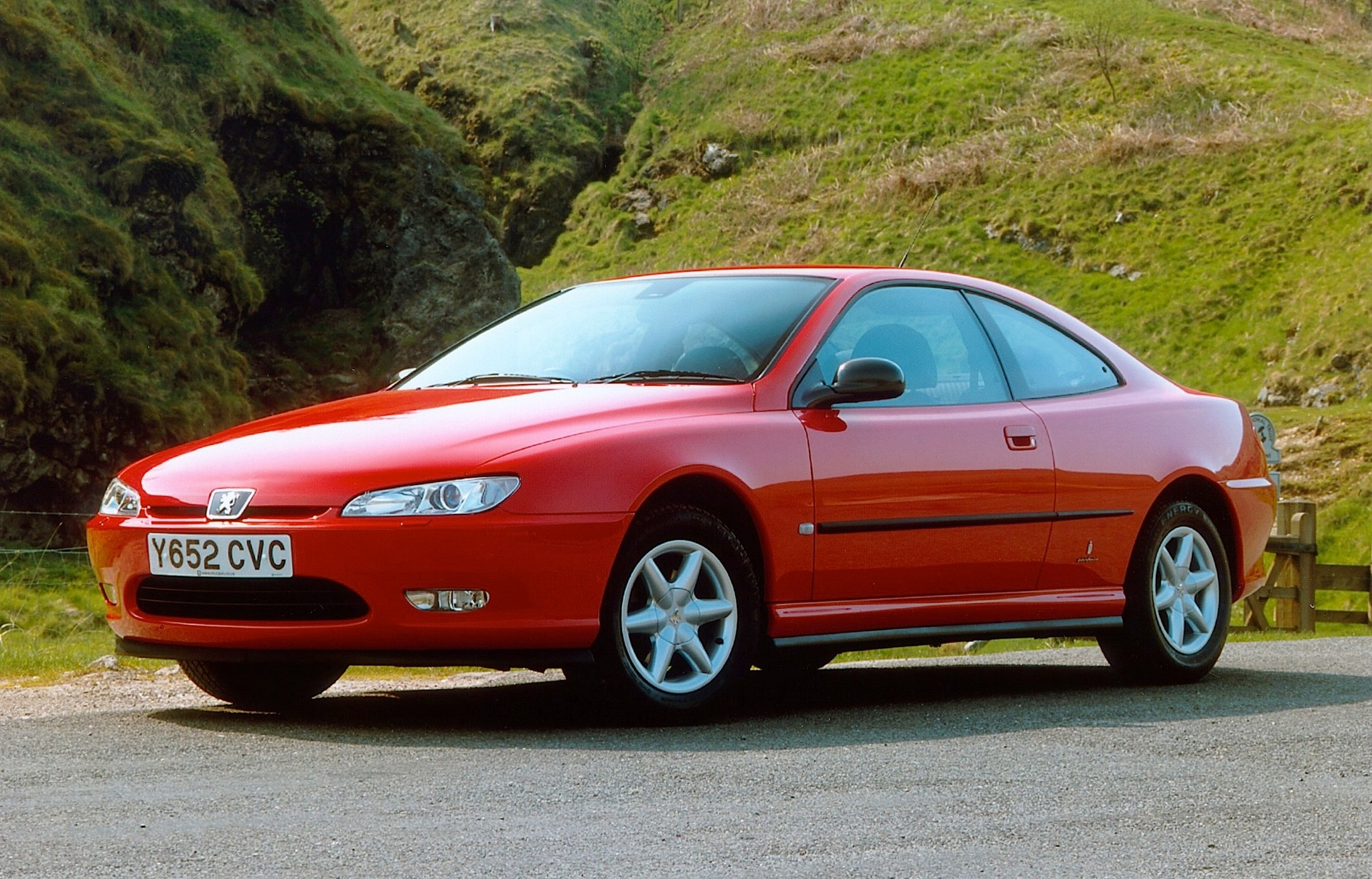 remembering the underdogs the 1996 peugeot 406 coupe by car magazine. Black Bedroom Furniture Sets. Home Design Ideas