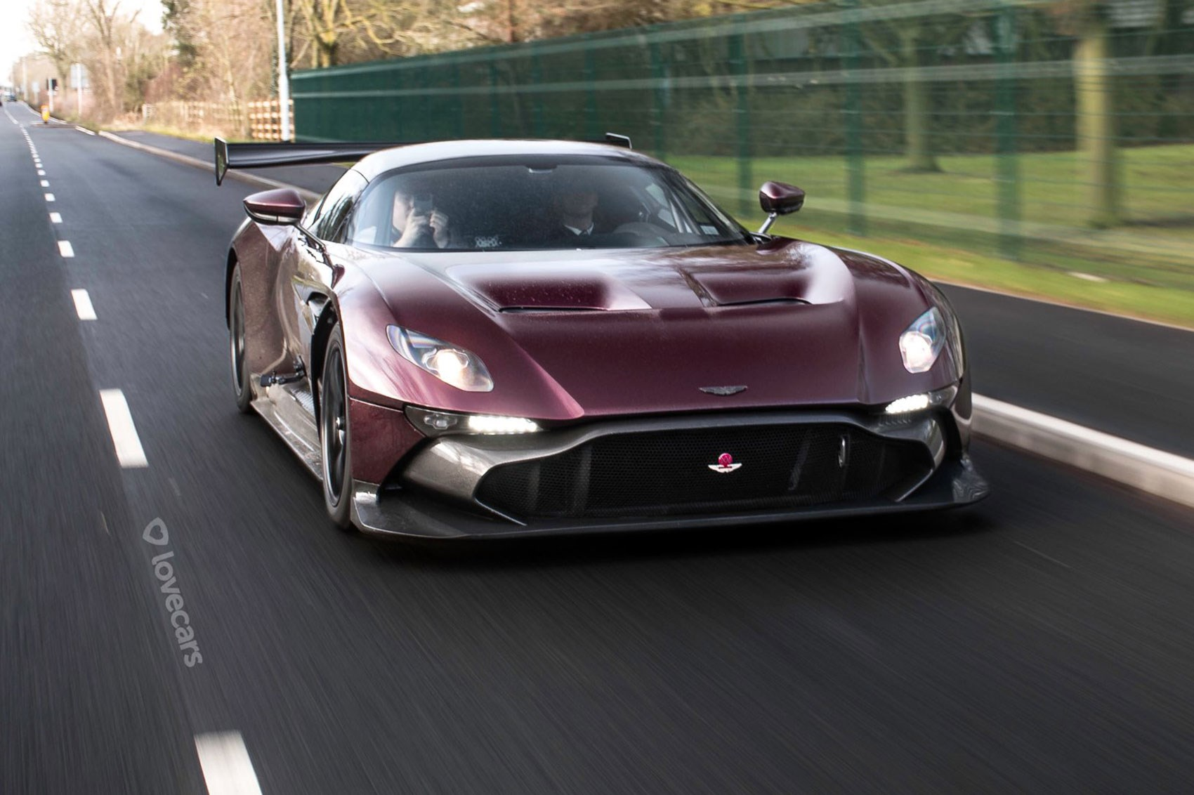 Aston Martin Vulcan >> Aston Martin Vulcan Unveiled 24 Extreme Track Day Cars For