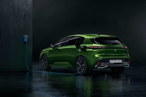 Plug-In Hybrid 308 takes 2hrs to wallbox charge