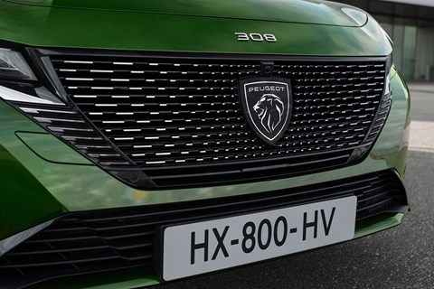 New Peugeot 308 Plug-In Hybrid lion grille