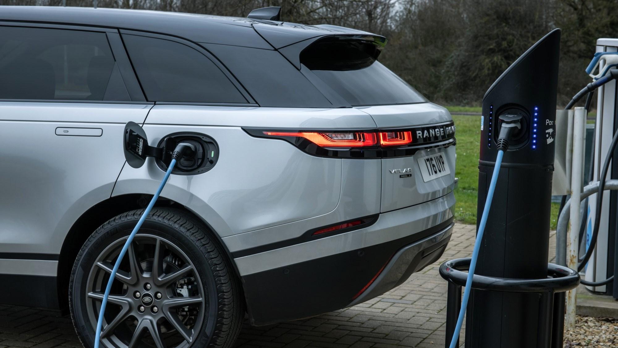 Range Rover Velar charging