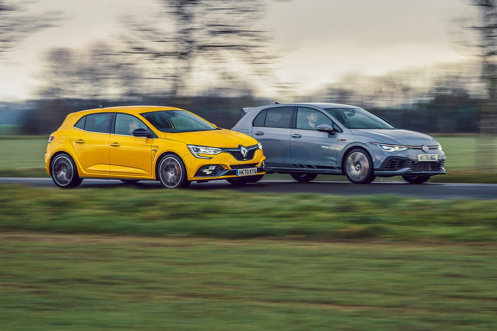 Golf GTI Clubsport vs Megane RS Trophy twin test (2021) review
