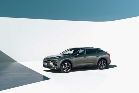 Citroen C5 X is a new style of crossover