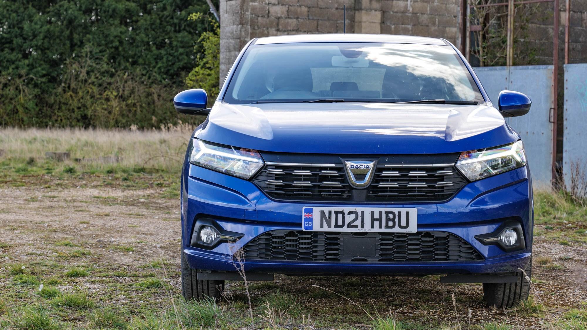 2021 Dacia Sandero Comfort front view, blue
