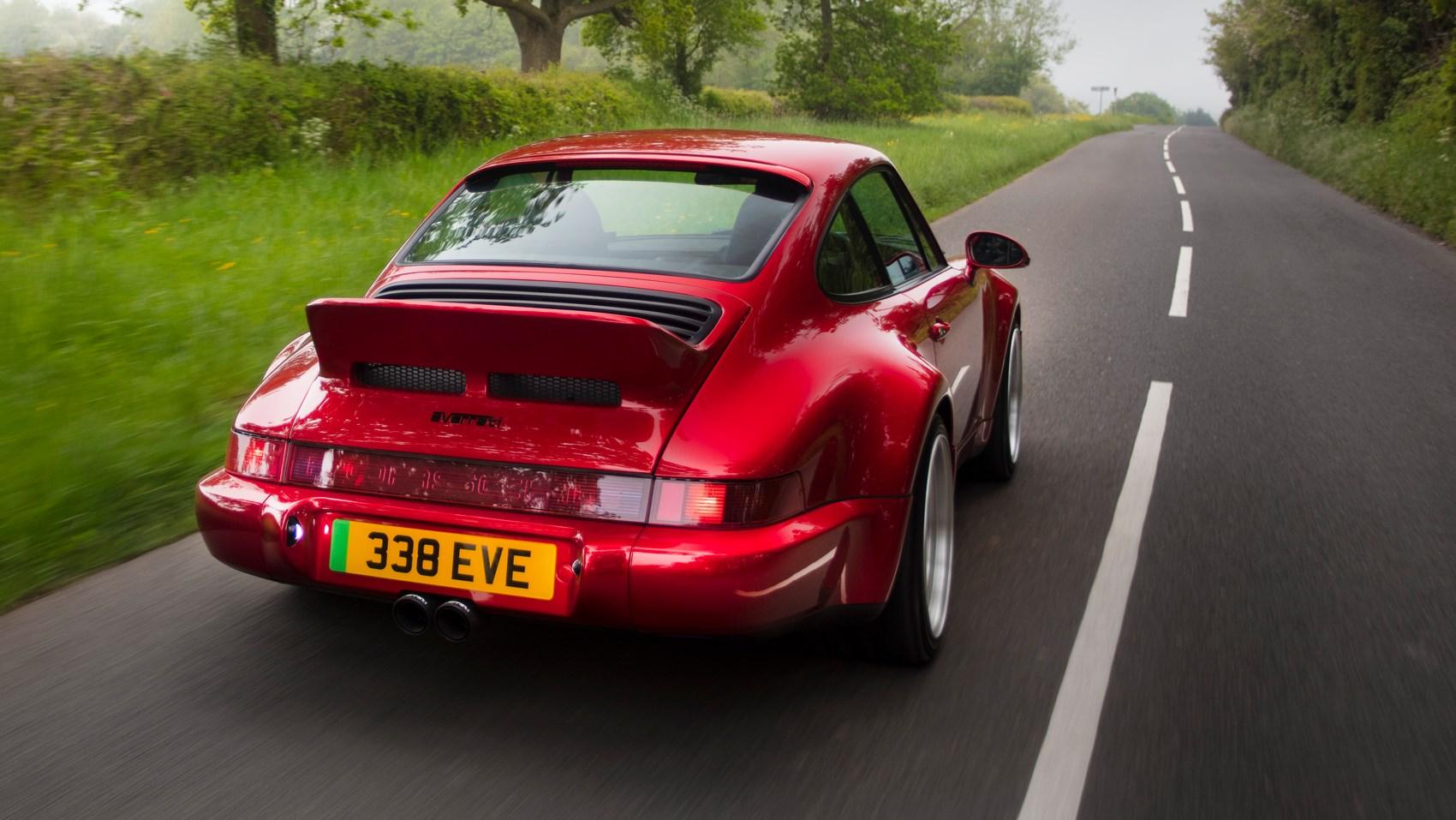 everrati 911 rear tracking
