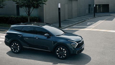 2021 Kia Sportage X-Line styling, profile