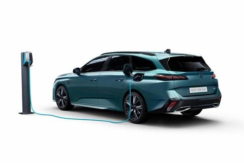 New Peugeot 308 SW estate rear 3/4 charging