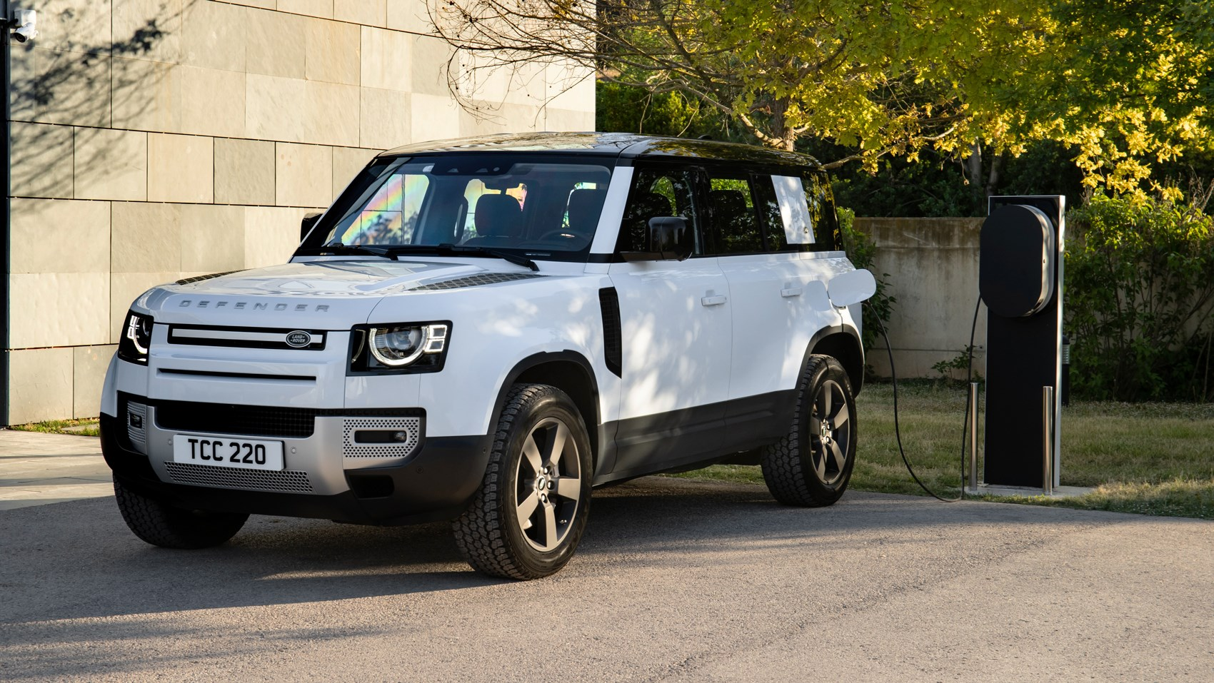 defender phev plugged in