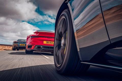 roma db11 911 turbo chase