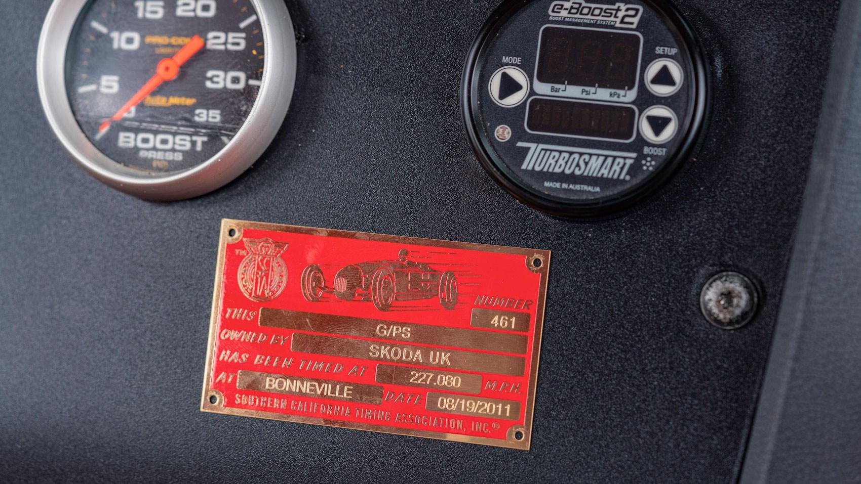skoda bonneville plaque