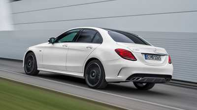 Mercedes amg c43 saloon 2017 review by car magazine for Mercedes benz 400 se