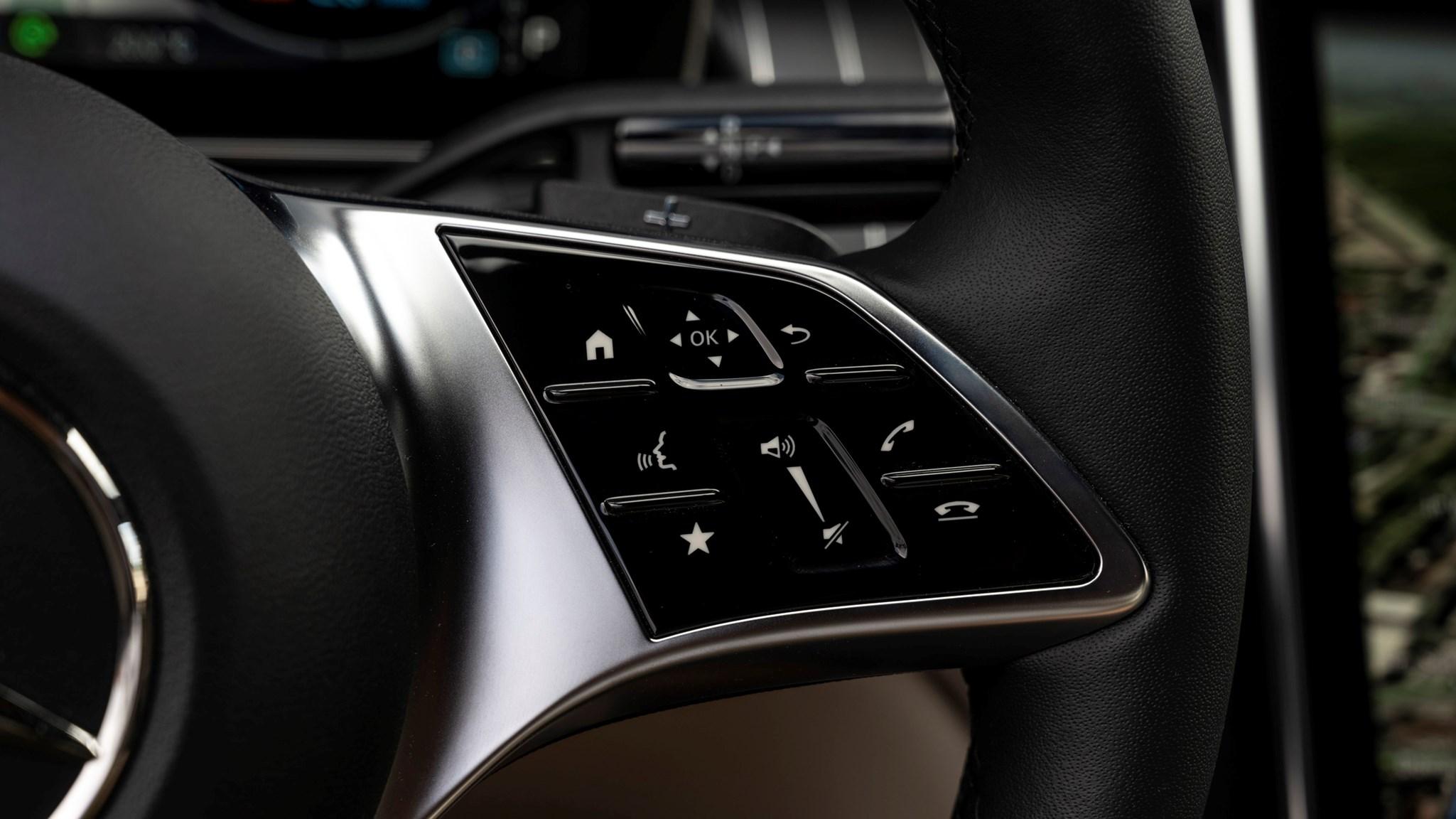 Mercedes C300e steering wheel