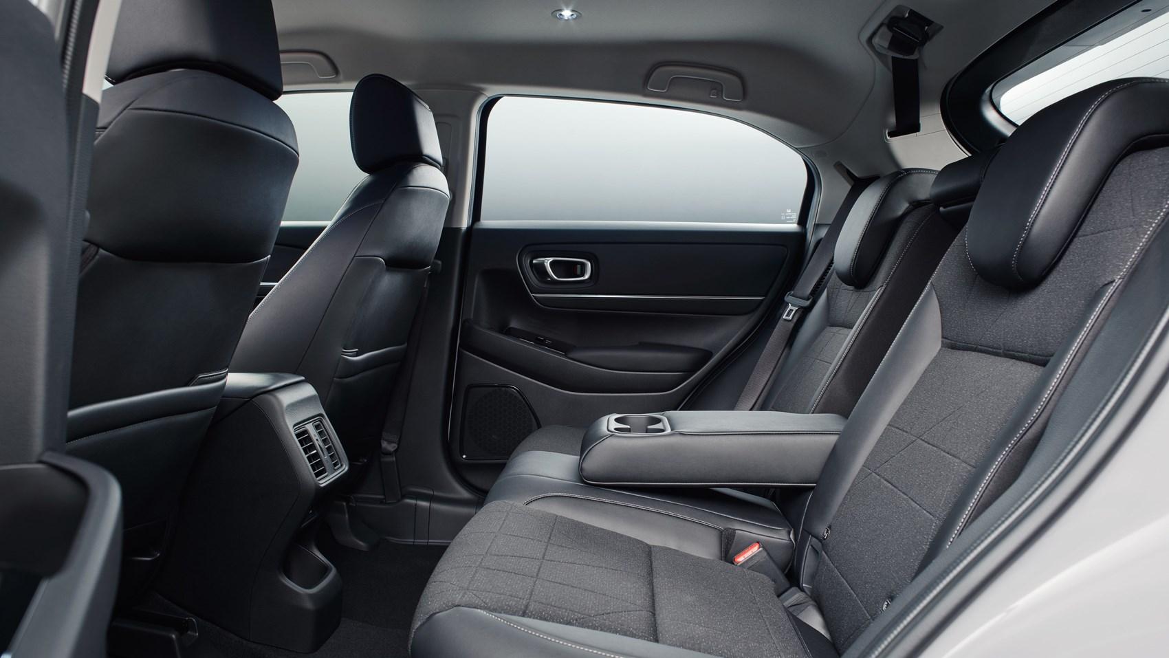 hrv rear seats