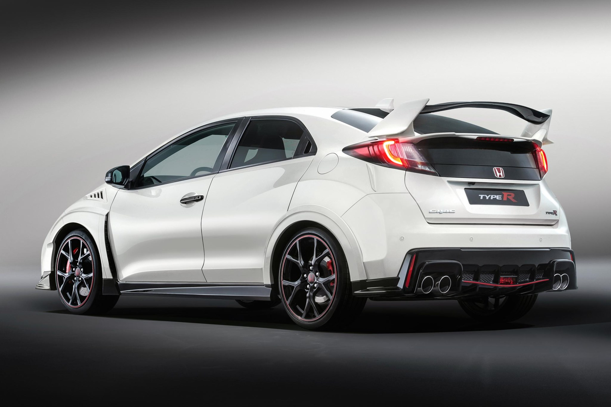 has the new 29 995 2015 honda civic type r been worth the wait by car magazine. Black Bedroom Furniture Sets. Home Design Ideas