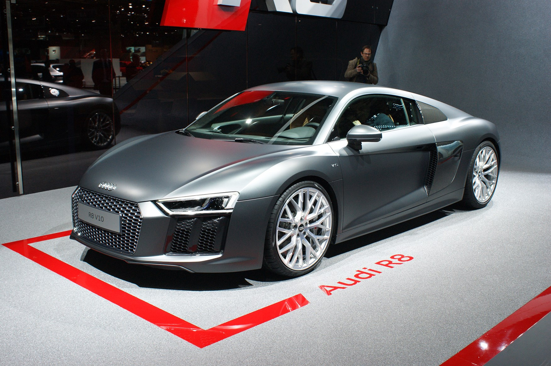 A guided tour of the Audi R8, with Quattro boss Heinz Hollerweger ...
