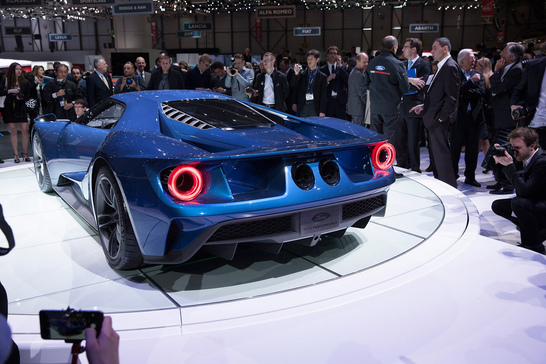 Cost Around  Ford Gt Will Be A Rarer Beast Than The  One Only  A Year Are Slated To Be Built