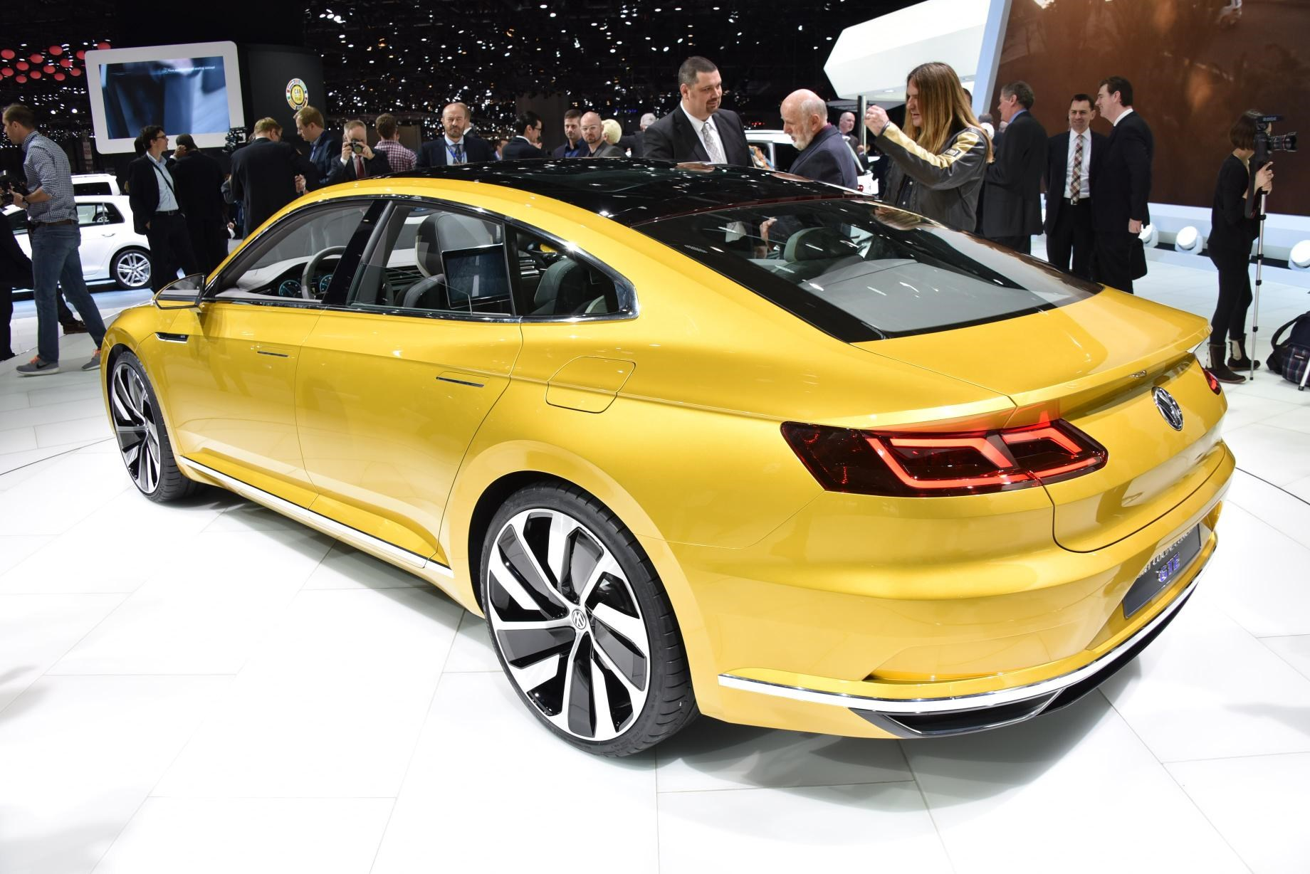 vw sport coupe concept gte it s the new passat cc by car magazine. Black Bedroom Furniture Sets. Home Design Ideas