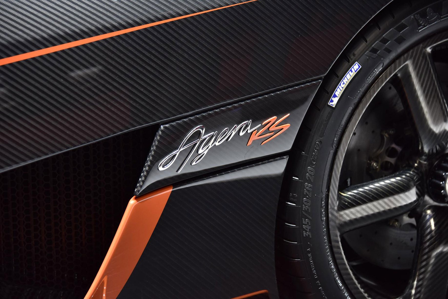 koenigsegg regera show mode with Koenigsegg Agera Rs And Regera The Power Madness Continues on Get Closer To The Cars Of The Geneva Motor Show Than Hu 1689878006 furthermore Koenigsegg Regera Hypercar First Look Details also Koenigsegg Regera Z Bezsensowna Funkcja Autoskin 5120 moreover First Look Koenigsegg Regera With Christian Von Koenigsegg also A29lbmlnc2VnZyBkb29y.