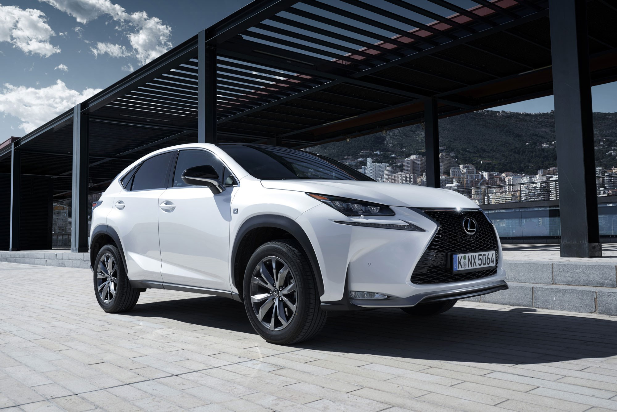 lexus nx200t 2015 review by car magazine. Black Bedroom Furniture Sets. Home Design Ideas