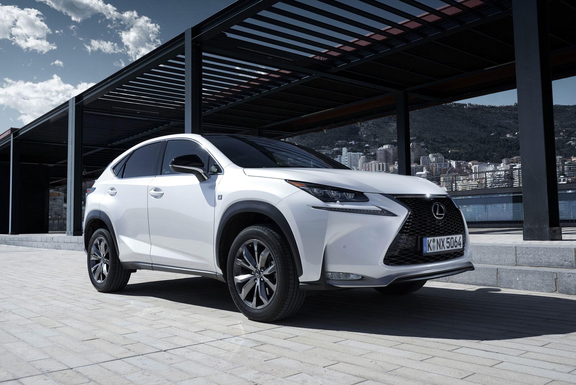 Lexus NX200t (2015) review by CAR Magazine
