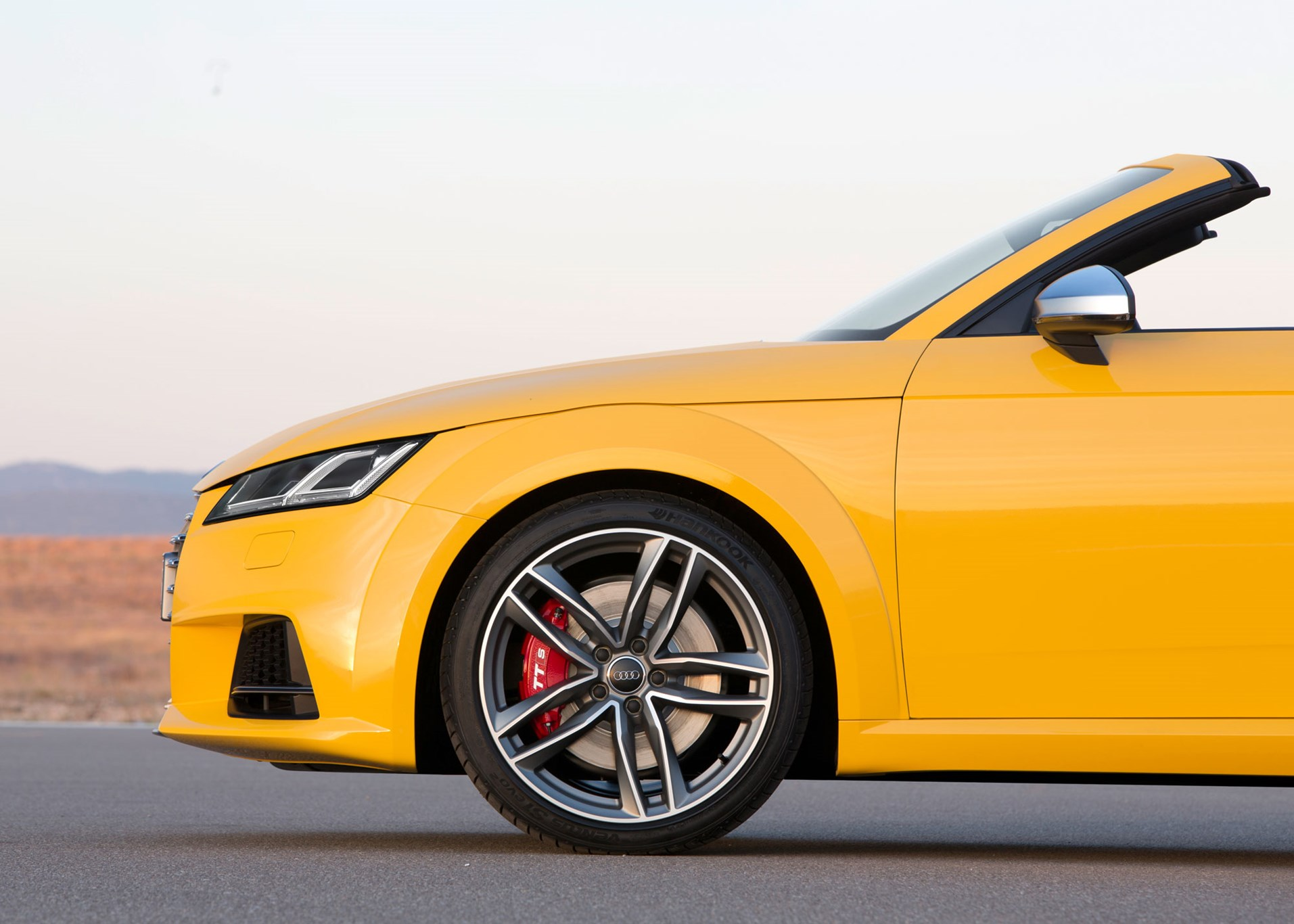 Audi Tts Roadster 2015 Review Car Magazine 2000 Tt 225 Quattro Main Fuse Box Diagram Will Sell You 20 Inch Wheels If Let It Stick With The 18s