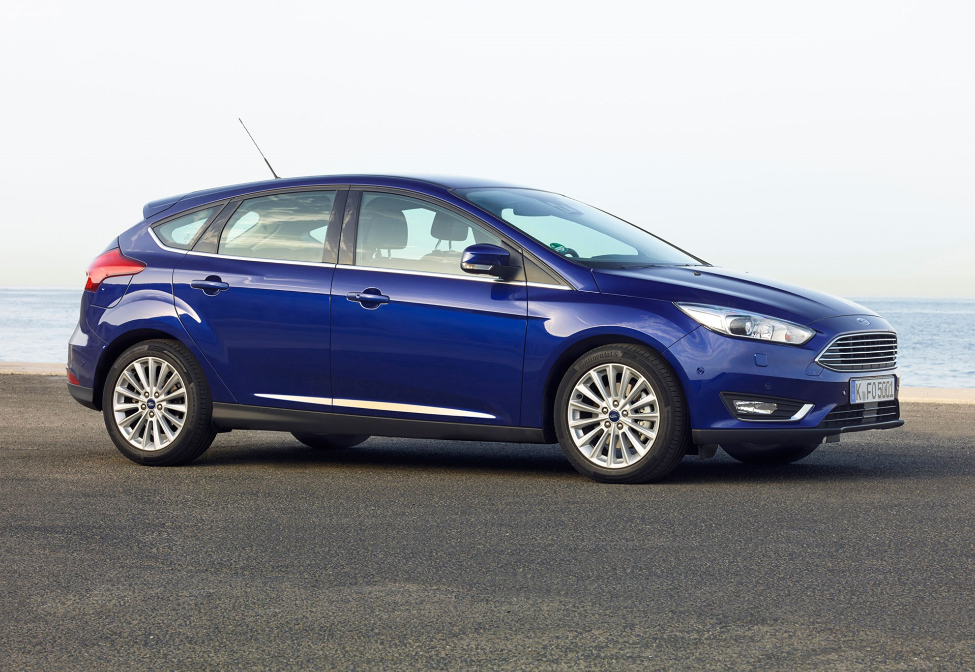 ford focus 1 5t ecoboost titanium x 2015 review car. Black Bedroom Furniture Sets. Home Design Ideas