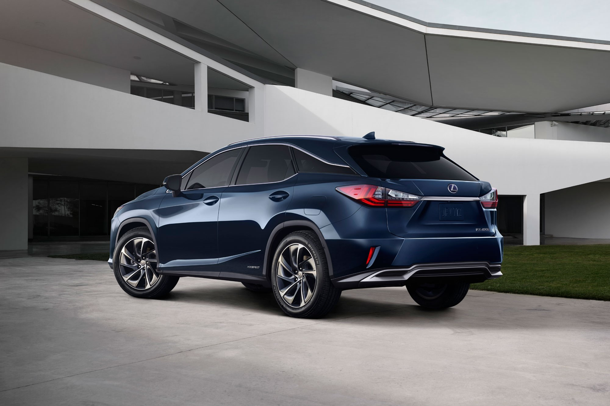 Lexus RX: the fourth generation lands at 2015 New York auto show by CAR Magazine