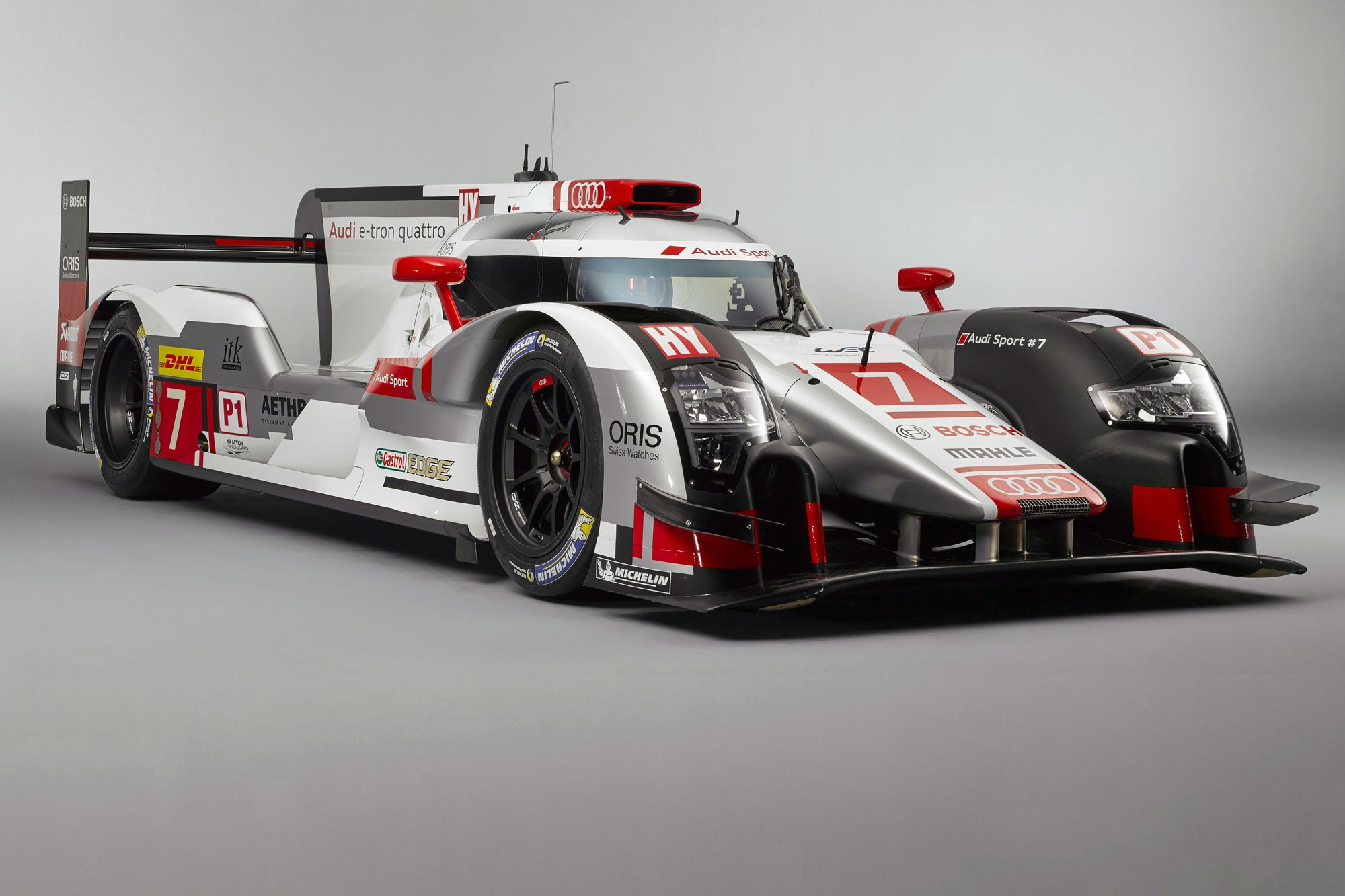 audi r18 e tron quattro 2015 le mans challenger revealed car magazine. Black Bedroom Furniture Sets. Home Design Ideas
