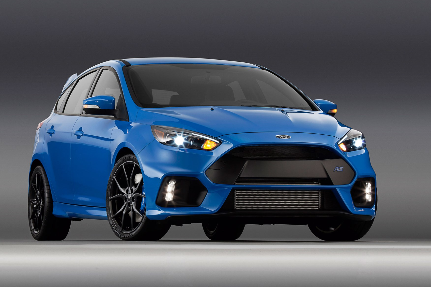 The New 2016 Ford Focus Rs In Nitrous Blue