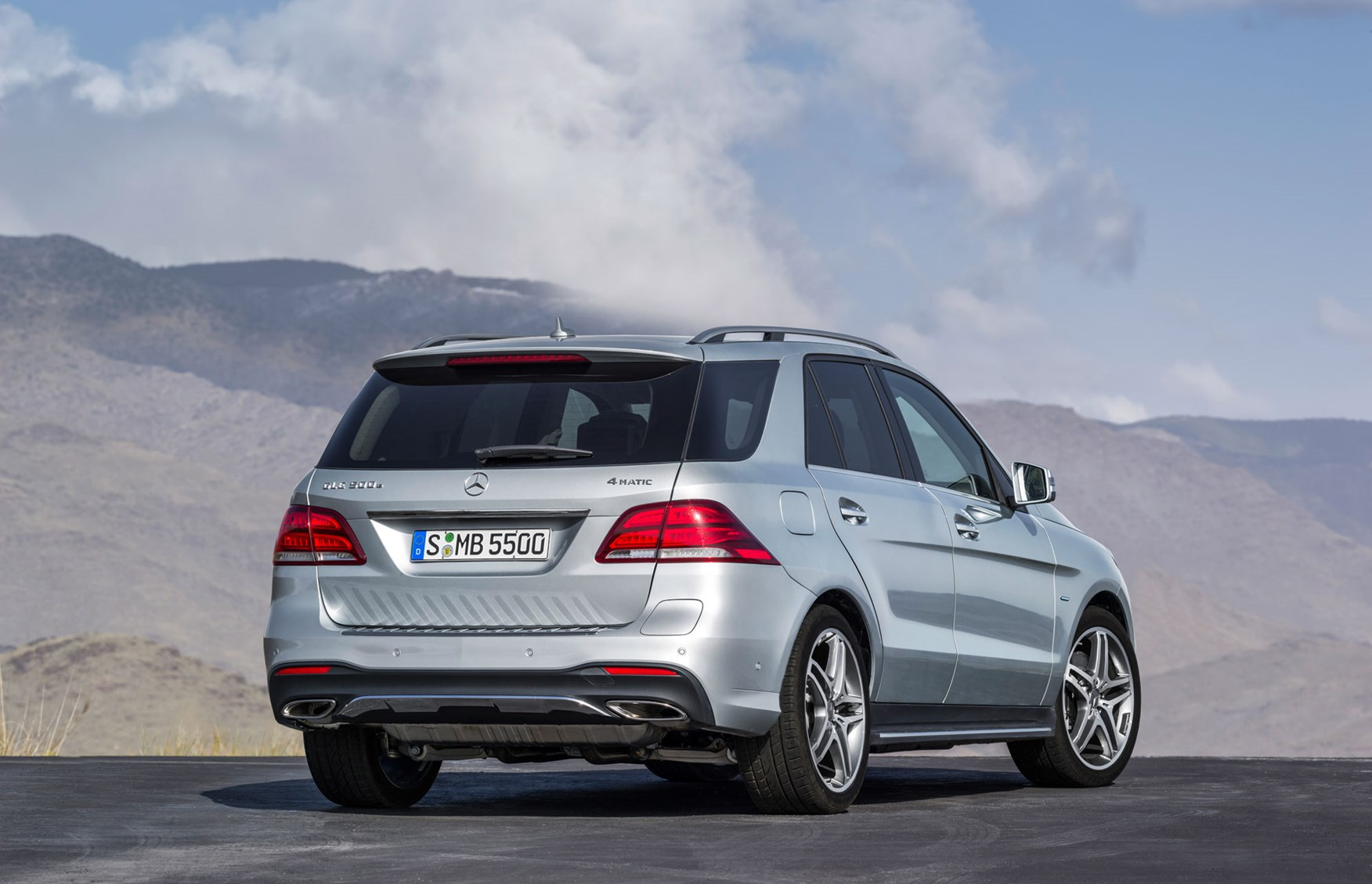 the ml is dead sort of meet the mercedes gle by car magazine. Black Bedroom Furniture Sets. Home Design Ideas