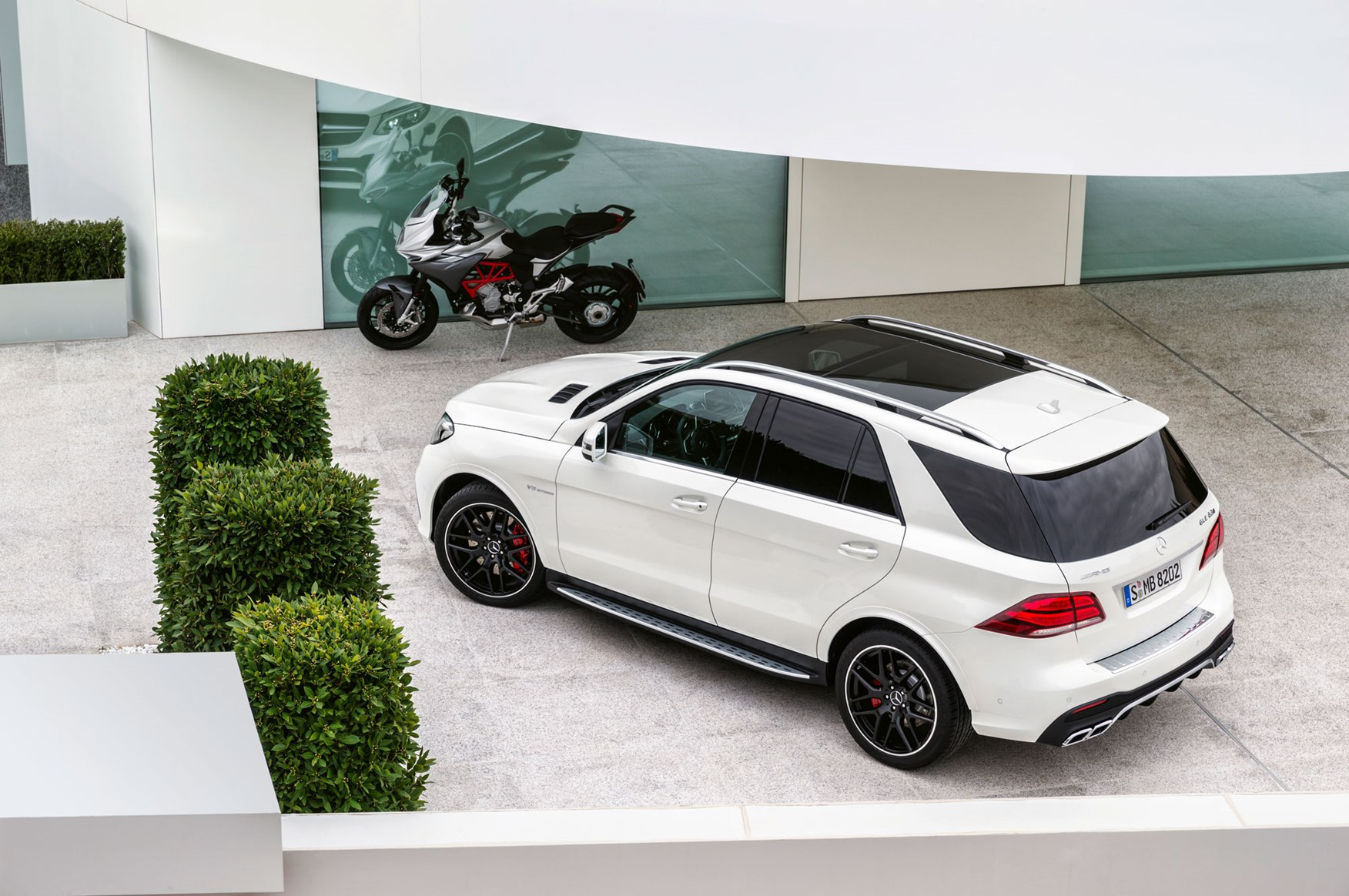 The ML is dead (sort of). Meet the Mercedes GLE by CAR ...