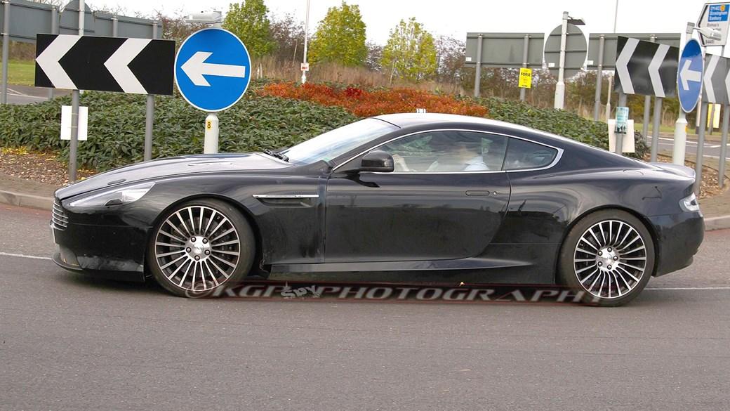 2016 - [Aston Martin] DB11 Astondb9mule08