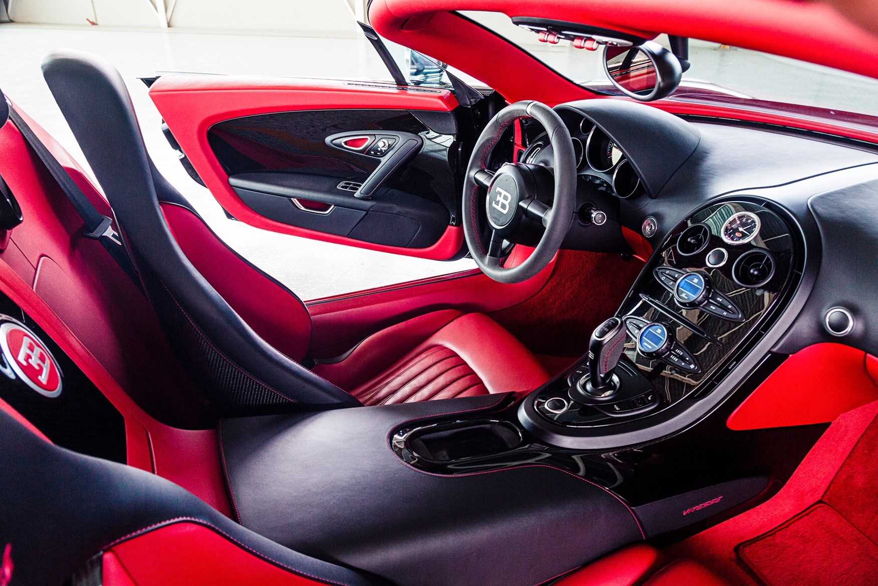 bugattiveyron05 Fascinating Bugatti Veyron Grand Sport Vitesse 1/4 Mile Cars Trend