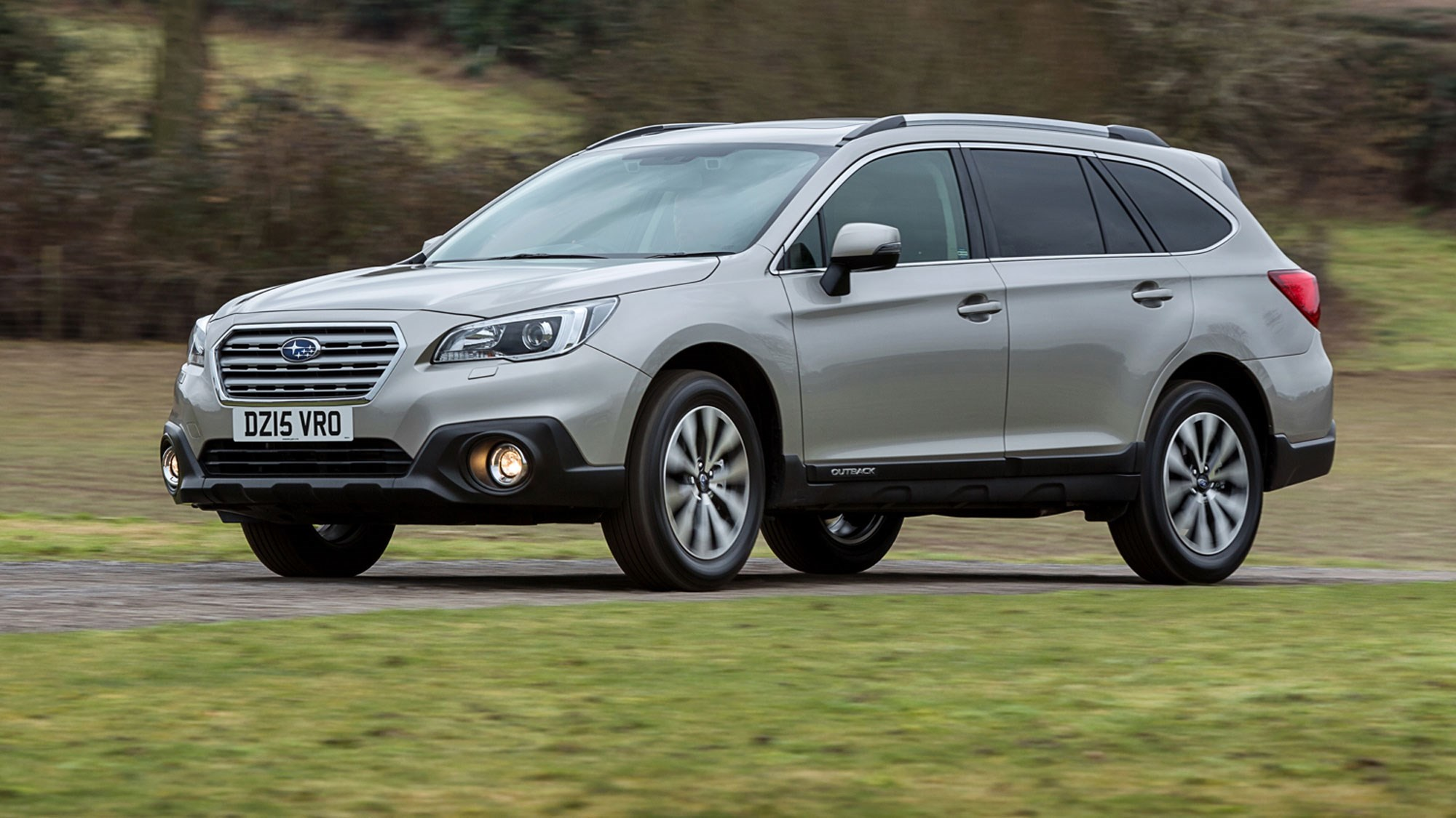subaru outback 2015 review by car magazine. Black Bedroom Furniture Sets. Home Design Ideas