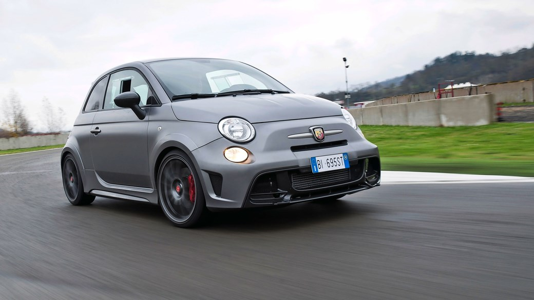 autoevolution engine cars abarth size fiat present specs
