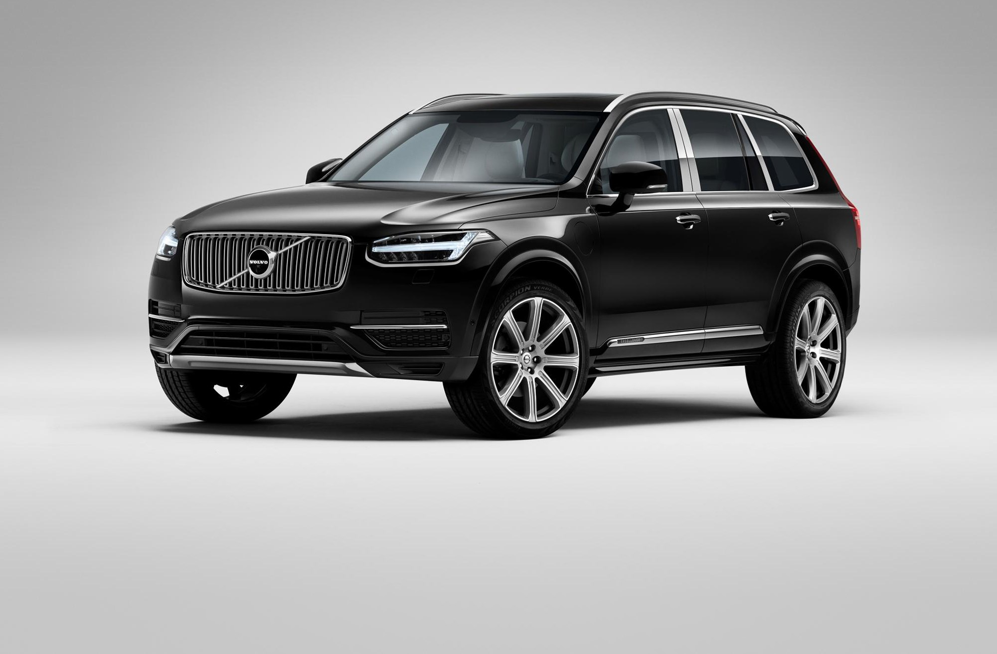 volvo xc90 excellence four seater suv unveiled at 2015. Black Bedroom Furniture Sets. Home Design Ideas