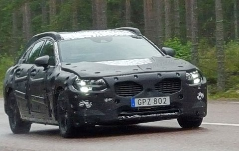 First spy photos of the new Volvo S90/V90 (2016)