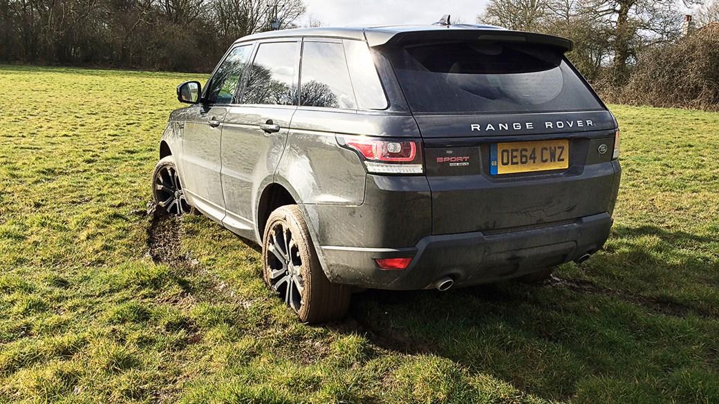 Weu0027ve Got Our Range Rover Sport Stuck. On Wet